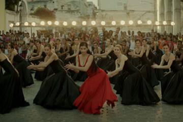 Enrique-Iglesias---Bailando-feat-Descemer-Bueno-&-Gente-D'Zona