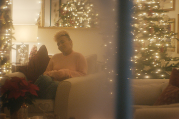 Emeli-Sande-Merry-Christmas-Darling